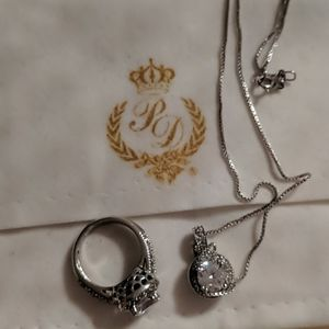 Premier Design Jewelry Set Ring (S6) and Necklace